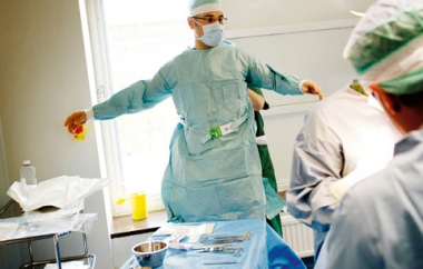 Fyra tuffa år över – snart käkkirurg