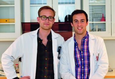 Första kullen tandläkare med masterexamen går ut