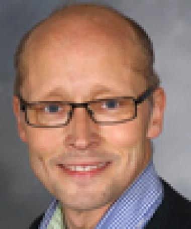 Anders Falk ny specialist i oral protetik