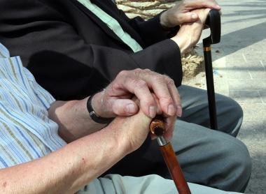 Äldre män värst drabbade av parodontit