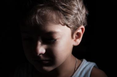 Få anmäler misstanke om barn som far illa