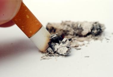 Sverige halkar efter i arbetet mot tobak