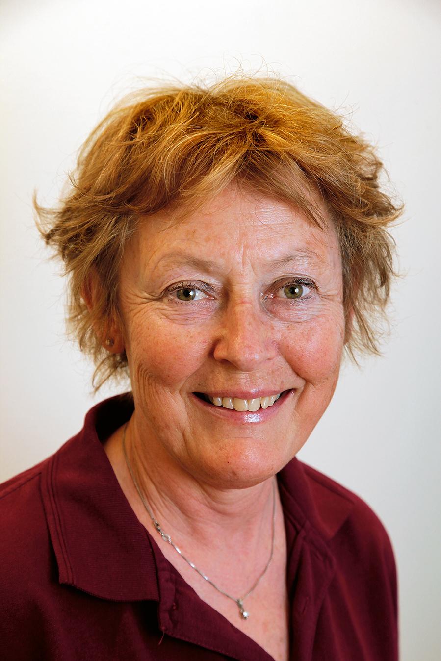 Eva Olerud, sjukhustandläkare, forskar en dag i veckan