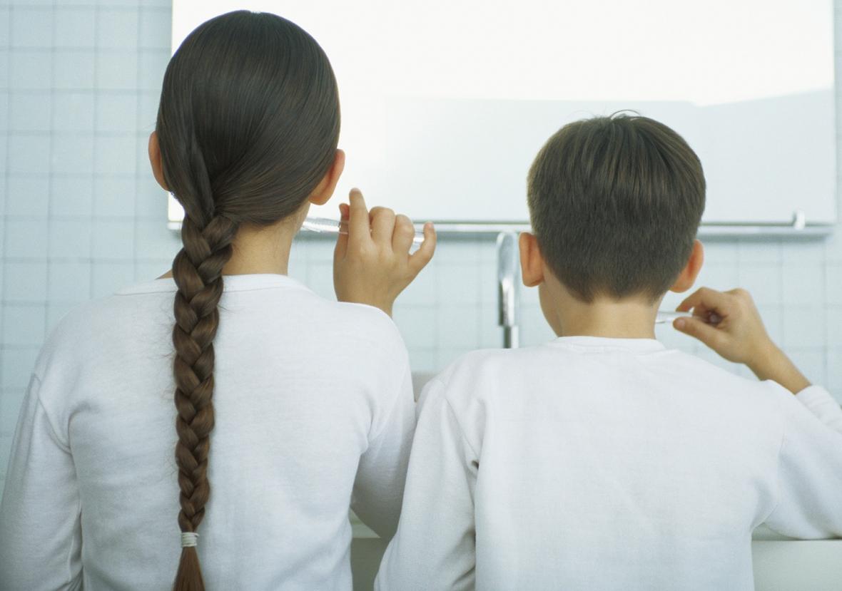 Flickors tandborstvanor bättre än pojkars