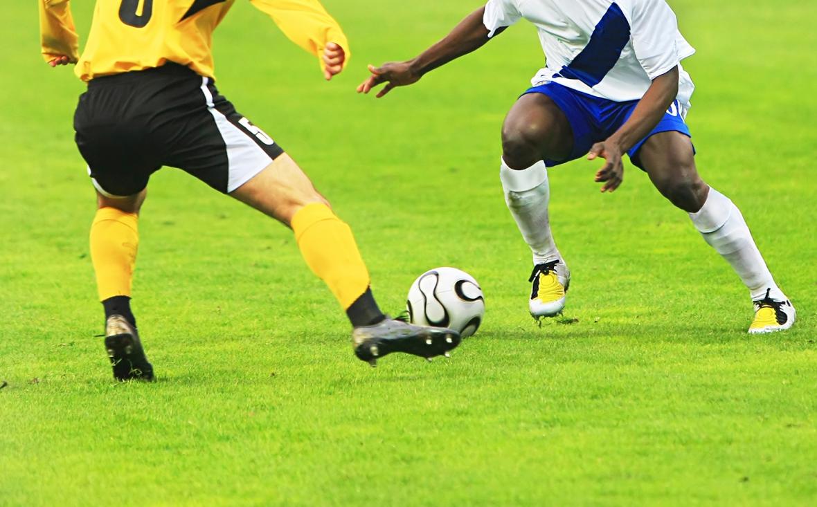 Fyra av tio fotbollsproffs har karies