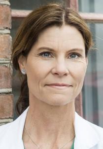 Malin Stensson Ålder: 45 år. Arbete: Lektor i oral hälsa vid Hälsohögskolan i Jönköping. Bor: Jönköping. Familj: Gift. Två barn. Foto: Anna Hållams