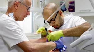 Många hinder för asylsökande tandläkare