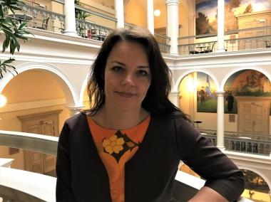 Veronica Palm: tandundersökning ska kosta 200 kronor