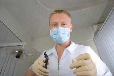 Tandhygienist gav sken av att vara tandläkare