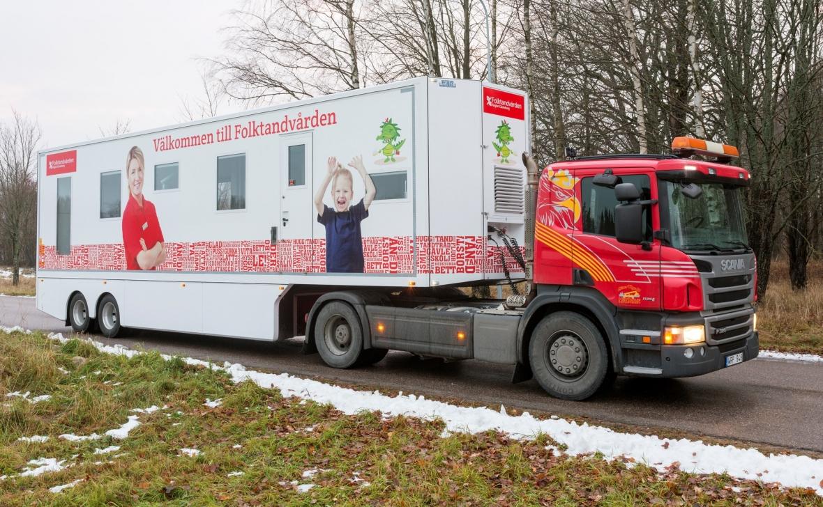 Coronapatienter behandlas i trailer